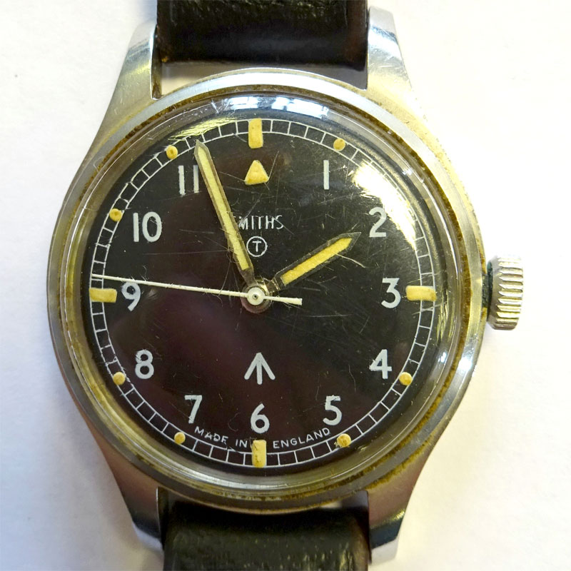 Image of Lot 122 - A Smiths RAF issue military wristwatch, c1960s